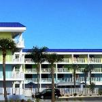 Pelican Pointe Hotel