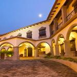 Hotel Los Portales