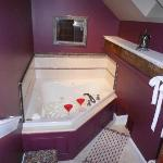 Royal suite jacuzzi
