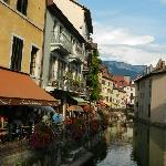 The canal in Annecy, 5 minutes from the hotel.