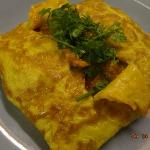  Stuffed omelet.