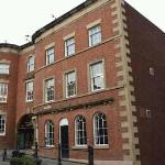 The Wynnstay Arms Hotel