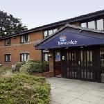 Travelodge Ilford Gants Hill reception 2