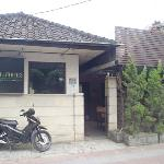 Kayu Manis Cafe & Home Stay