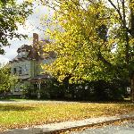 Фотография Estabrook House Bed and Breakfast