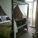 Four poster bed in the African room