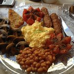                    Full vegetarian English breakfast ~ yum!