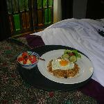 Breaky in bed