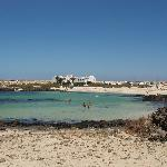  El Cotillo - lagoon beach to north
