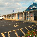 Travel Inn New Cumberland Exterior