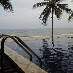 salt pool w sea view few steps fm room