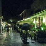  Plaka restaurants