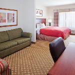  CountryInn&amp;Suites LaGrange GuestRoom