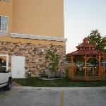 Photo de La Quinta Inn & Suites Tulsa - Catoosa