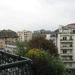 Photo de Lausanne Guesthouse