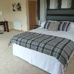 "Deluxe Room ""Moidart"" with private balcony and stunning view to Ben Resipole"
