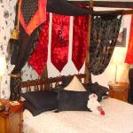 Four poster bed in the Abbot's Room