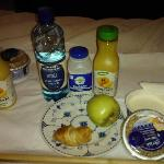 Continental Breakfasts in Bed are Nice! :)