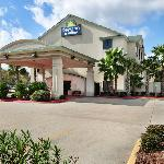 La Quinta Inn and Suites Houston North