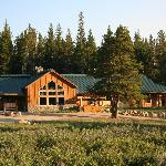 ‪Wyoming High Country Lodge‬