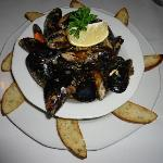 Steamed mussels, great flavor!