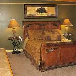 Beautiful Honeymoon Rooms in downtown Gatlinburg