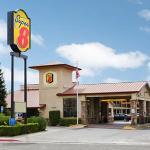 Welcome to the Super 8 Corning, CA