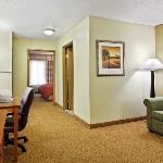 CountryInn&Suites Sycamore Suite