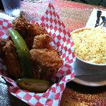  Fried Chicken Basket &amp; Macaroni and Cheese