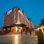 Ramada Hotel &amp; Suites Bucharest North