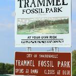Trammel Park Sign