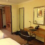 http://media-cdn.tripadvisor.com/media/photo-l/03/05/d9/02/hilton-portsmouth.jpg