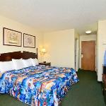 Photo de Americas Best Value Inn Warren