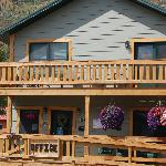 ‪Cooke City's Elk Horn Lodge‬