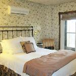 Inn at Cedar Crossing resmi