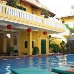‪Golden Banana Bed & Breakfast & Superior Hotel‬
