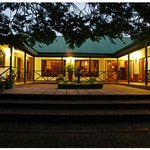 Tzaneen Country Lodge at night