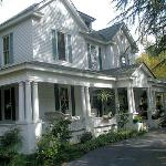 Hearthside Manor Bed and Breakfast