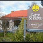 Petty Sessions Gourmet Cafe
