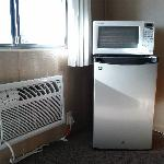 Air Condition, Fridge and Microwave