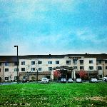Courtyard Kingston By Marriott