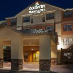  CountryInn&amp;Suites StGeorge ExteriorNight