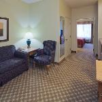  CountryInn&amp;Suites Clinton FamilySuite