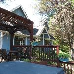 Photo of Yosemite's Apple Blossom Inn