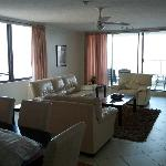 Beaconlea Tower Apartments의 사진