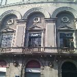  TEATRO SITUADO ENFRENTE