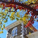 Peel Mansion in the fall