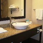 Foto de Holiday Inn Express Hotel & Suites Albuquerque Airport