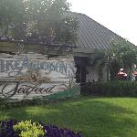 Mike Anderson's Seafood - Gonzales