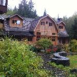 Truly Canadian Experience in a secluded sanctuary near Whistler!